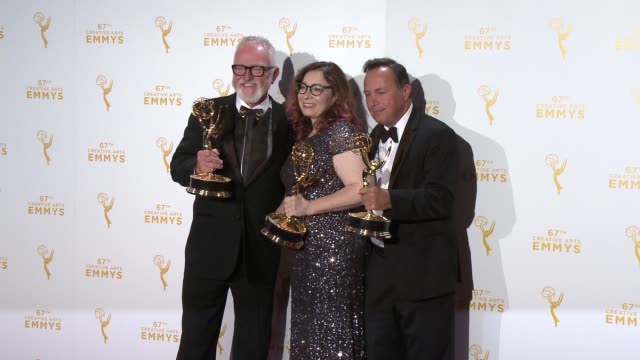 bill groom carol silverman and adam scher at the 2015 creative arts emmy awards at microsoft theater on september 12 2015 in los angeles california - emmy awards stock-videos und b-roll-filmmaterial
