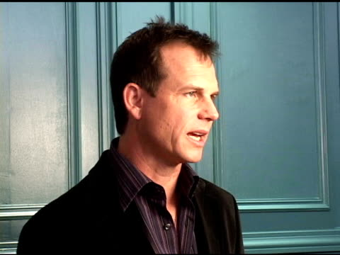 bill paxton at the 2004 toronto international film festival 'haven' portraits at intercontinental in toronto, ontario on september 11, 2004. - bill paxton stock videos & royalty-free footage