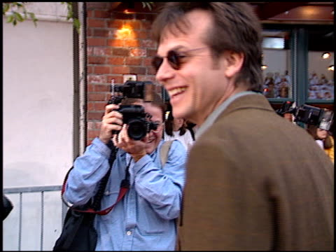 bill paxton at the 'independence day' premiere on june 25, 1996. - bill paxton stock videos & royalty-free footage
