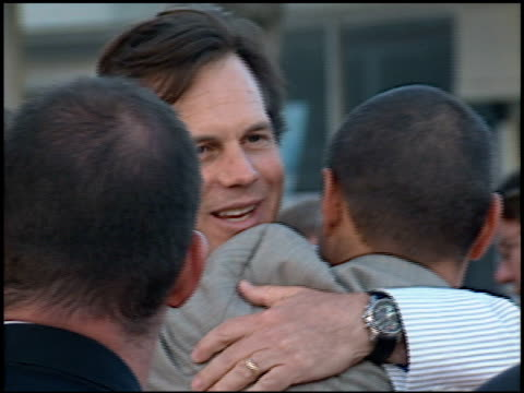 bill paxton at the premiere of 'the perfect storm' on june 27 2000 - bill paxton stock videos and b-roll footage