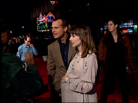 bill paxton at the 'titanic' premiere at grauman's chinese theatre in hollywood, california on december 14, 1997. - première stock videos & royalty-free footage