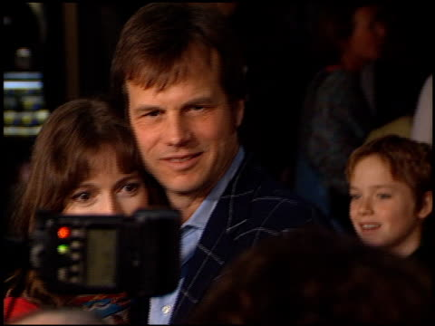 bill paxton at the 'vertical limit' premiere on december 3, 2000. - bill paxton stock videos & royalty-free footage