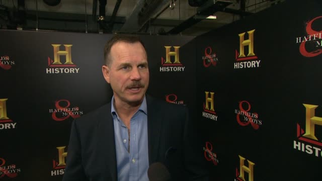 bill paxton on his families connection to hatfields mccoys at historyõs hatfields mccoys preemmy party at historyõs hatfields mccoys preemmy party on... - bill paxton stock videos and b-roll footage