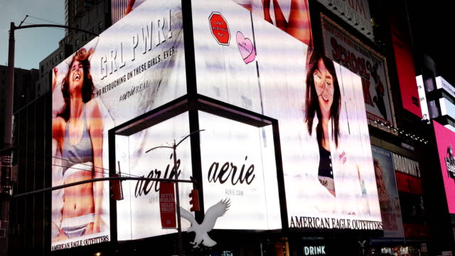 billboard advertisements, times square, new york city - digital signage stock videos and b-roll footage