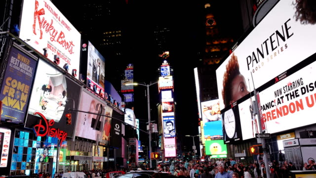 billboard advertisements, times square, new york city - tabellone video stock e b–roll