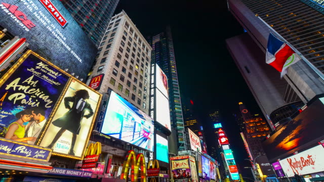 times lapse, billboards advertisements, times square, nyc - broadway manhattan stock videos & royalty-free footage