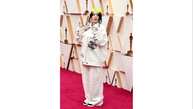vídeos y material grabado en eventos de stock de billie eilish attends the 92nd annual academy awards at hollywood and highland on february 09 2020 in hollywood california - billie eilish