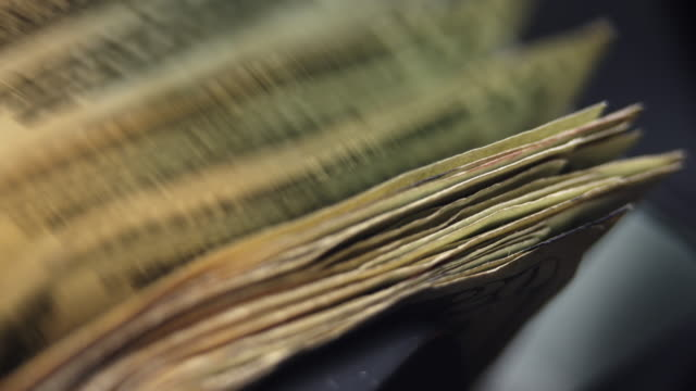 $20 bills stacking up in money counter - twenty us dollar note stock videos & royalty-free footage