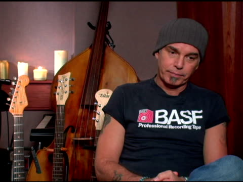 Billy Bob Thornton on showing both sides of the entertainment business on successful entertainment industry people and on their inner realizations at...