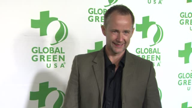 vídeos de stock e filmes b-roll de billy boyd at global green usa's 10th annual preoscar party on 2/20/13 in los angeles ca - festa do óscar