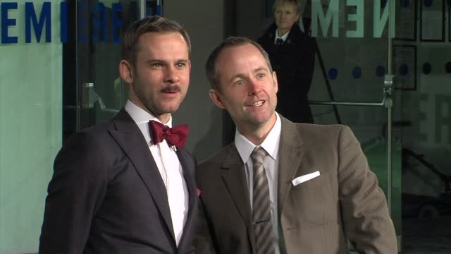 billy boyd, dominic monaghan at 'the hobbit' uk premiere and royal film performance at odeon leicester square on december 12, 2012 in london, england. - the hobbit stock videos & royalty-free footage