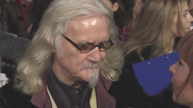vidéos et rushes de interview billy connolly on the awards flying the flag for scotland what he is wearing on winning the special recognition award at national... - billy connolly