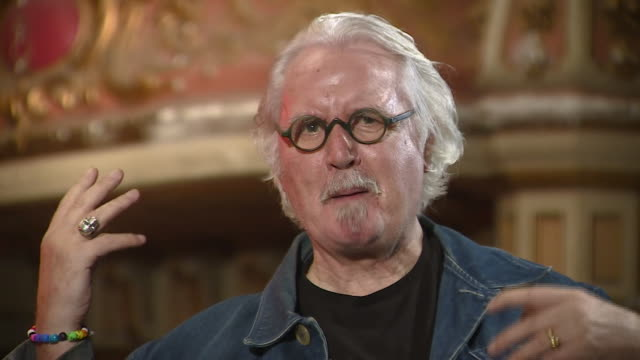 "billy connolly saying his mind ""works differently"" after being diagnosed with parkinson's disease - billy connolly stock videos & royalty-free footage"