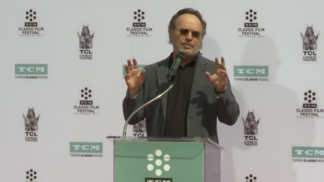 billy crystal at the 2017 tcm classic film festival carl reiner and rob reiner hand and footprint ceremony at the tcl chinese 6 theatres on april 07... - billy crystal stock videos & royalty-free footage