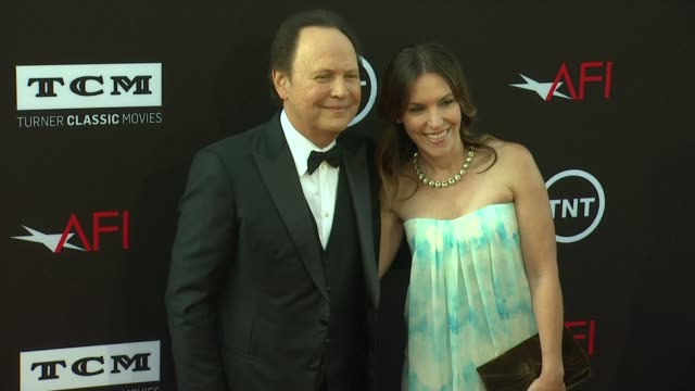 billy crystal jenny crystal at 41st afi life achievement award honoring mel brooks on 6/6/2013 in hollywood ca - billy crystal stock videos & royalty-free footage