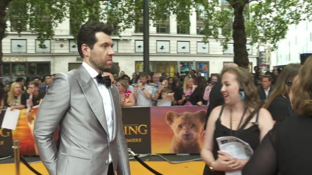 vídeos de stock e filmes b-roll de billy eichner at the lion king uk premiere on july 14 2019 in london greater london - meghan markle lion king