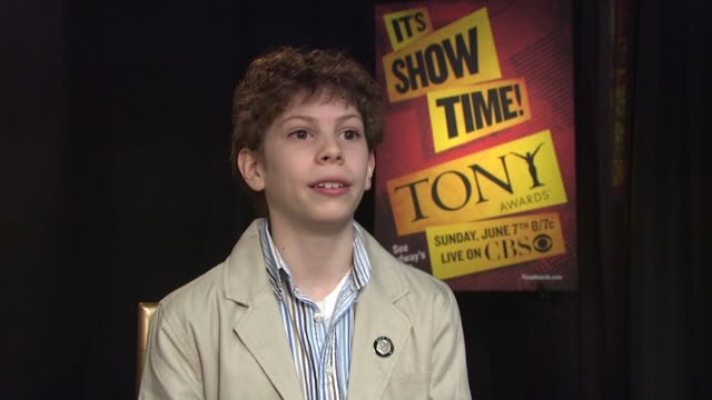 vídeos de stock, filmes e b-roll de billy elliot, the musical star david bologna talking about his featured actor in a musical nomination at the age of 14, of this being his dream. at... - new age