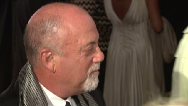 stockvideo's en b-roll-footage met billy joel at elton john aids foundation's 12th annual an enduring vision benefit on in new york ny - billy joel