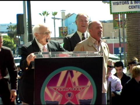 billy joel at the dedication of billy joel's star on hollywood walk of fame at hollywood boulevard in hollywood california on september 20 2004 - ビリー・ジョエル点の映像素材/bロール
