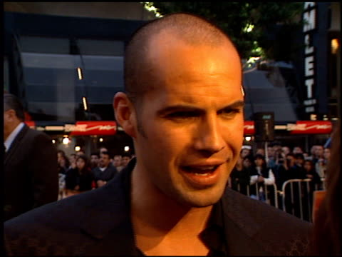 billy zane at the 'titanic' premiere at grauman's chinese theatre in hollywood, california on december 14, 1997. - première stock-videos und b-roll-filmmaterial