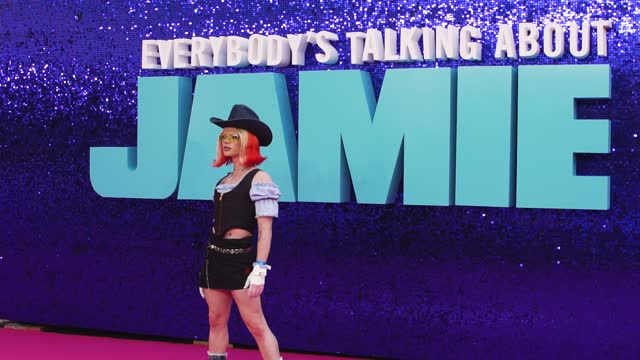 """bimini bon-boulash attends the """"everybody's talking about jamie"""" world premiere at the royal festival hall on september 13, 2021 in london, england. - bimini stock videos & royalty-free footage"""
