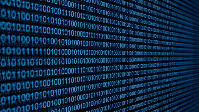 vídeos de stock, filmes e b-roll de código binário - código binário