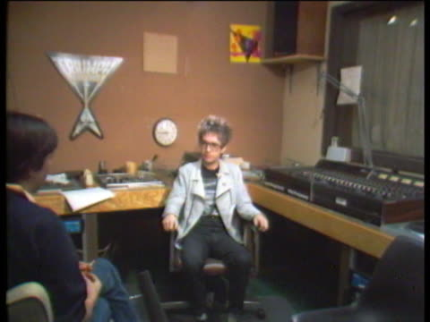 bingenheimer talks his life with rock n' roll and his radio show on kroq in los angeles where he plays a mix of punk new wave and oldies talks about... - pop music stock-videos und b-roll-filmmaterial