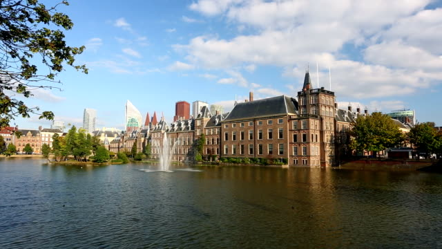 binnenhof, house of parliament in the hague netherlands - binnenhof stock videos and b-roll footage