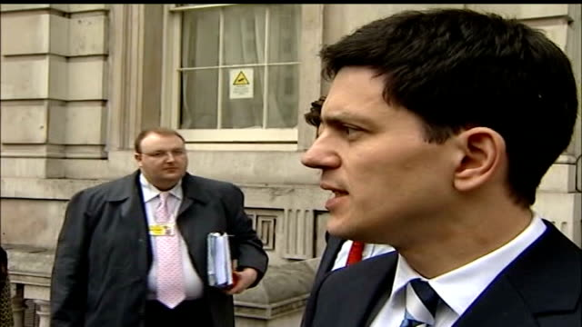 h5n1 bird flu outbreak at suffolk turkey farm government says outbreak is under control / cull nears completion london david milliband mp statement... - disposal stock videos and b-roll footage
