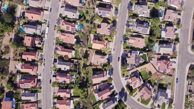 birds eye view of california suburban sprawl - drone point of view stock videos & royalty-free footage