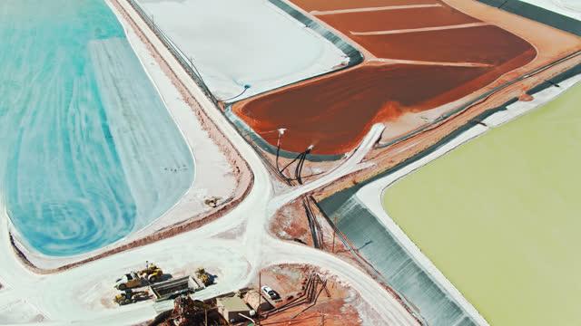 birds eye view of evaporation ponds at potash mine near moab, utah - mining stock videos & royalty-free footage