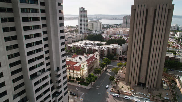 birds eye view of quiet street in downtown san diego just after sunrise - san diego stock videos & royalty-free footage