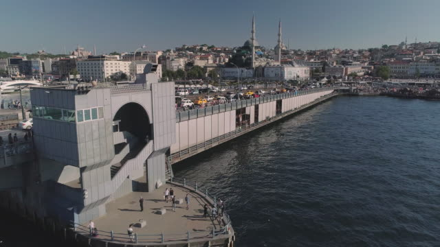 birds eye view of the galata bridge. istanbul. turkey. - イスタンブール 金角湾点の映像素材/bロール