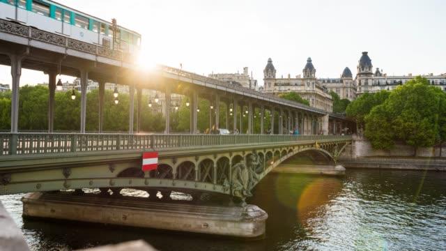 Bir-Hakeim bridge across Seine river in Paris