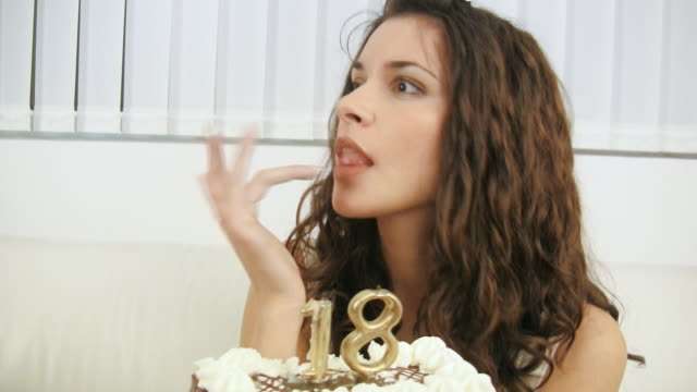hd: birthday cake - 18 19 years stock videos & royalty-free footage