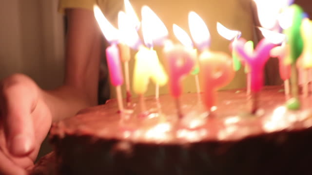 birthday cakes with candle - 10 seconds or greater stock videos & royalty-free footage