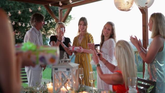 birthday party in tuscany - meraviglie della natura video stock e b–roll