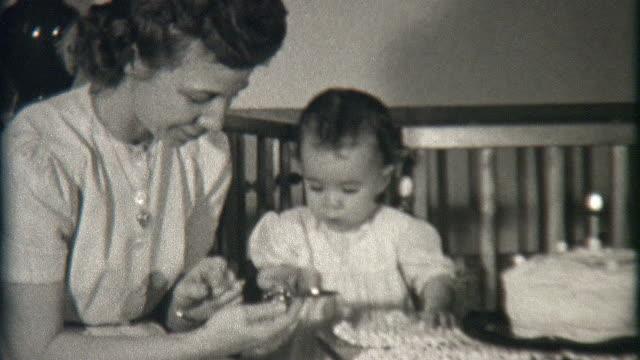 stockvideo's en b-roll-footage met birthday present 1941 - homemovie