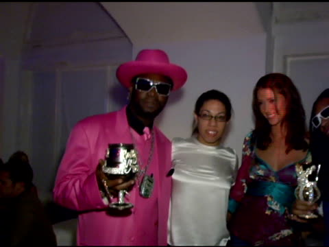 stockvideo's en b-roll-footage met bishop don juan, shannon elizabeth and lil jon adn guests at the oakley thump 2 launch party at montmartre lounge in hollywood, california on october... - adn