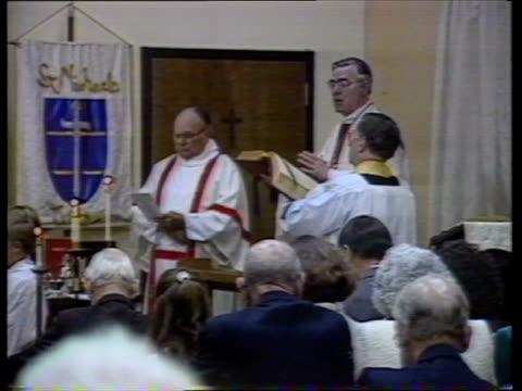 bishop of london defies archbishop of canterbury over reverend john pasco usa oklahoma broken arrow int church service in progress bishop of london... - bishop of london stock videos & royalty-free footage