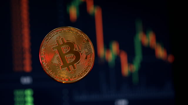 bitcoin cryptocurrency is booming - 10 sekunden oder länger stock-videos und b-roll-filmmaterial