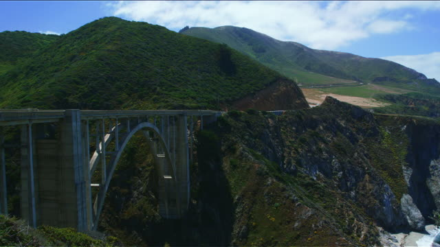 bixby creek bridge, pacific coast highway, california - bixby creek bridge stock videos & royalty-free footage