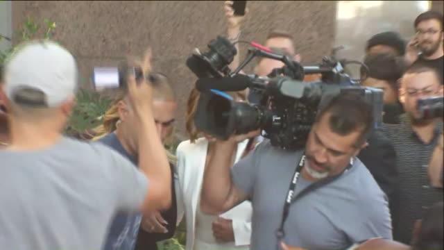 blac chyna was granted a temporary restraining order barring rob kardashian from coming near her or posting about her online. the reality star... - celebritet bildbanksvideor och videomaterial från bakom kulisserna