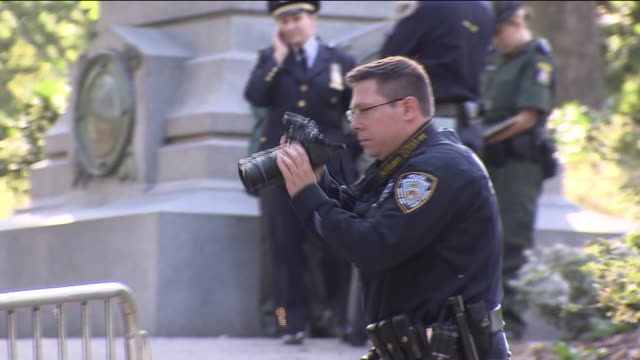 A black bear cub was found dead in Central Park Monday morning and police suspect its body was dumped there The 3footlong cub was found at 945 am...