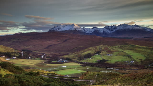 Black Cuillin Ridge in Winter, Isle of Skye - Time Lapse