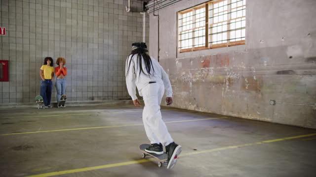 black female skateboarder - 20 24 years stock videos & royalty-free footage