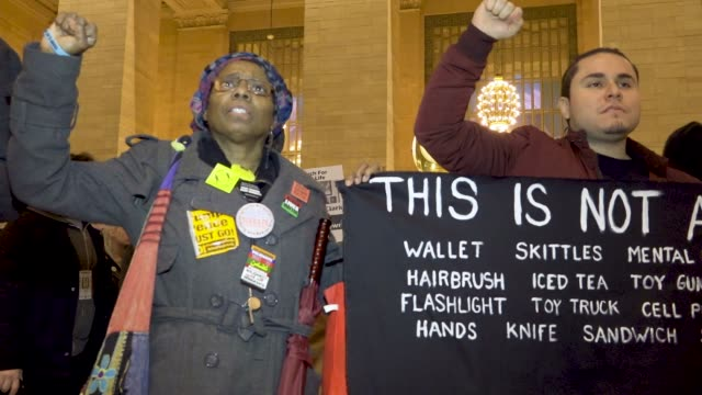 black lives matter activist rallied in grand central station and marched in the streets of midtown manhattan in protest of the attorney general... - sprechgesang stock-videos und b-roll-filmmaterial