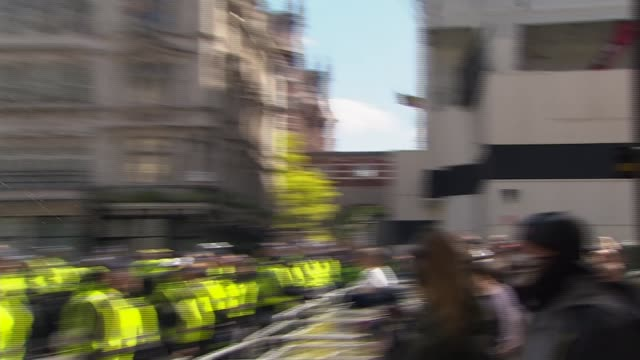 boris johnson condemns violence against police as 'racist thuggery' england london westminster ext black lives matter counter protesters along... - war and conflict stock-videos und b-roll-filmmaterial