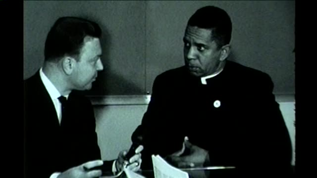 black minister speaks out against overcrowded school situation in woodlawn near chicago in october 1961. - separation stock videos & royalty-free footage