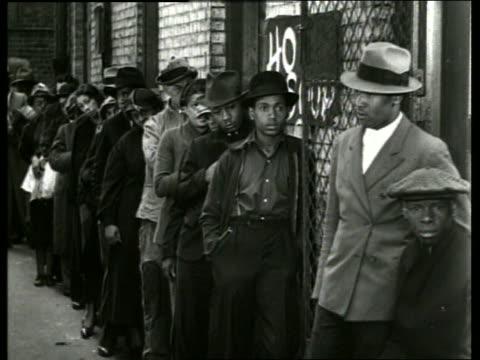 B/W black people in bread line / Depression / SOUND